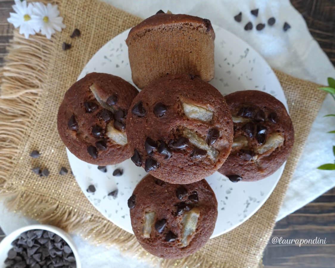 Muffins Pera e Cioccolato cotti al vapore: la Ricetta veloce senza burro