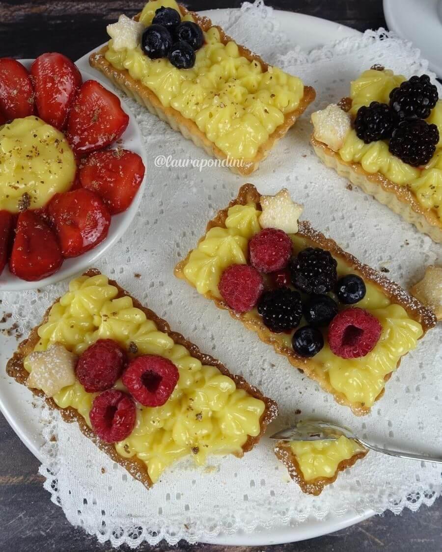 Crostatine con lemon curd: la Ricetta soffice senza zucchero