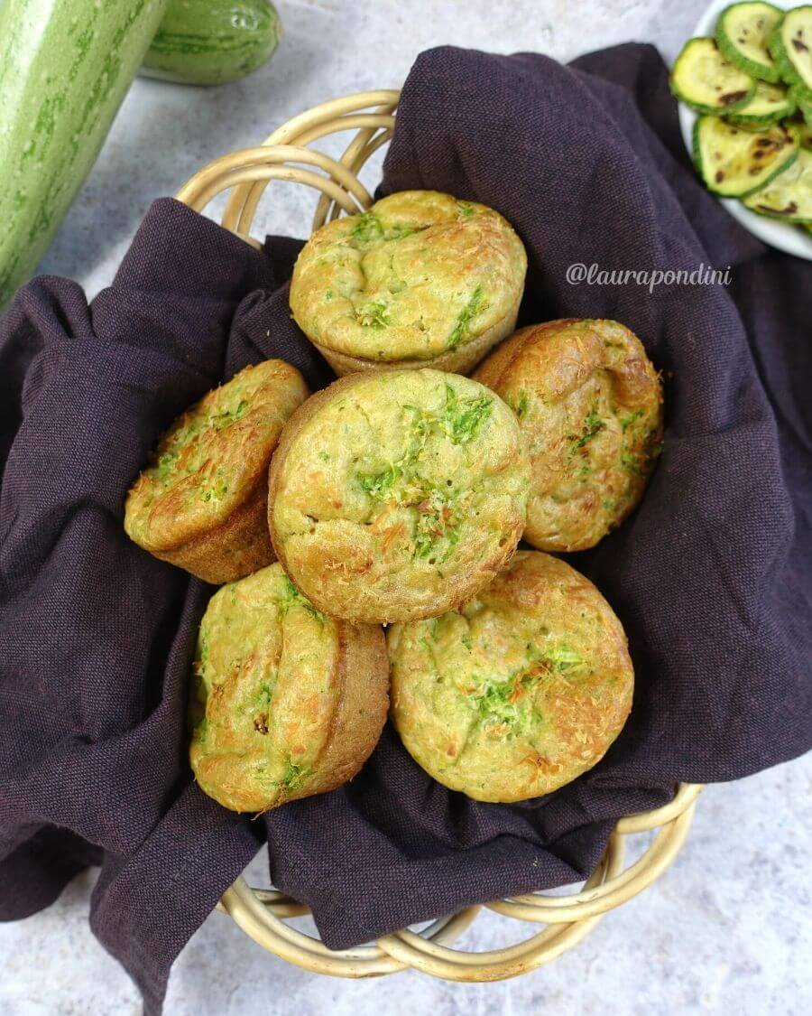 Muffins salati zucchine e ricotta di capra: la Ricetta fit senza lattosio