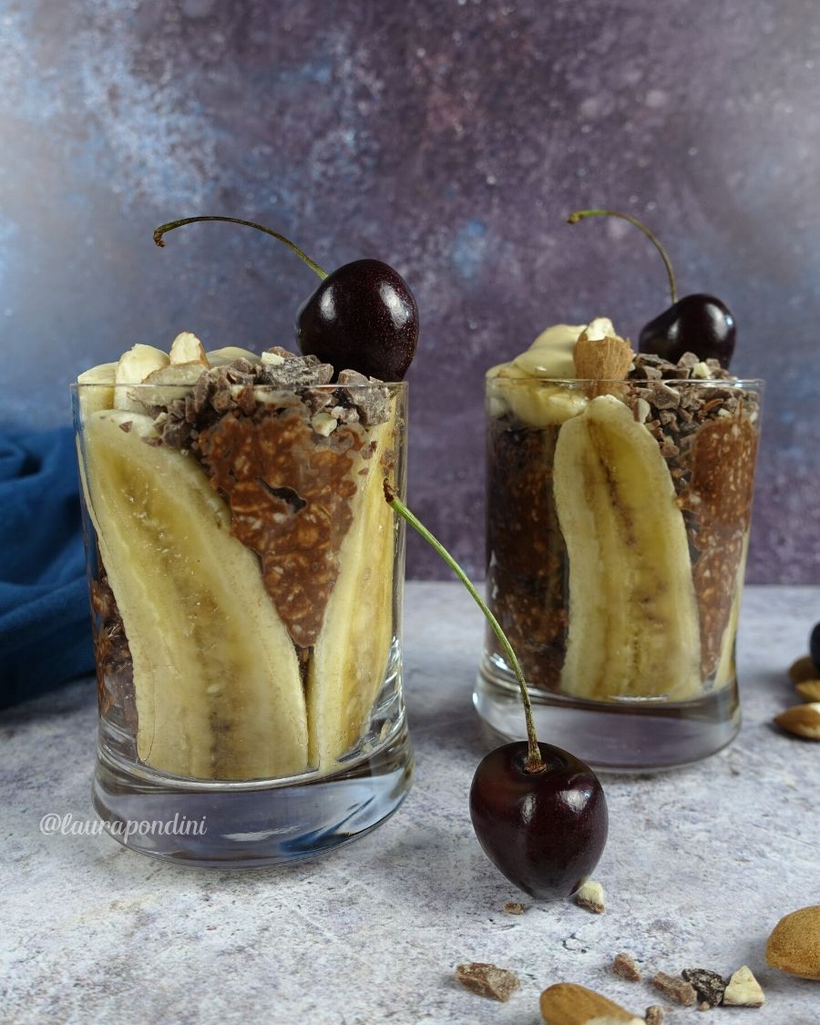 Overnight oatmeal banana e cioccolato: la Ricetta fit