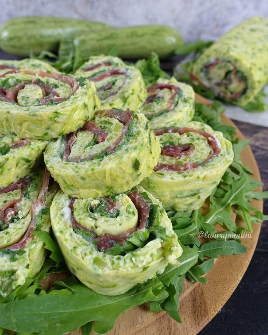 Rotolo alle zucchine, bresaola e philadelphia