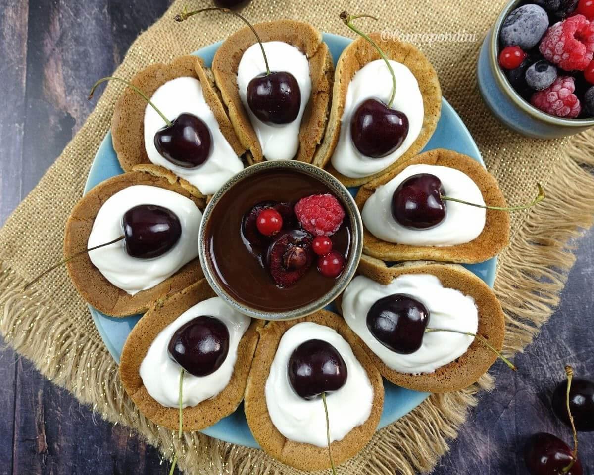 Pancake tacos: la Ricetta proteica con yogurt greco e ciliegie