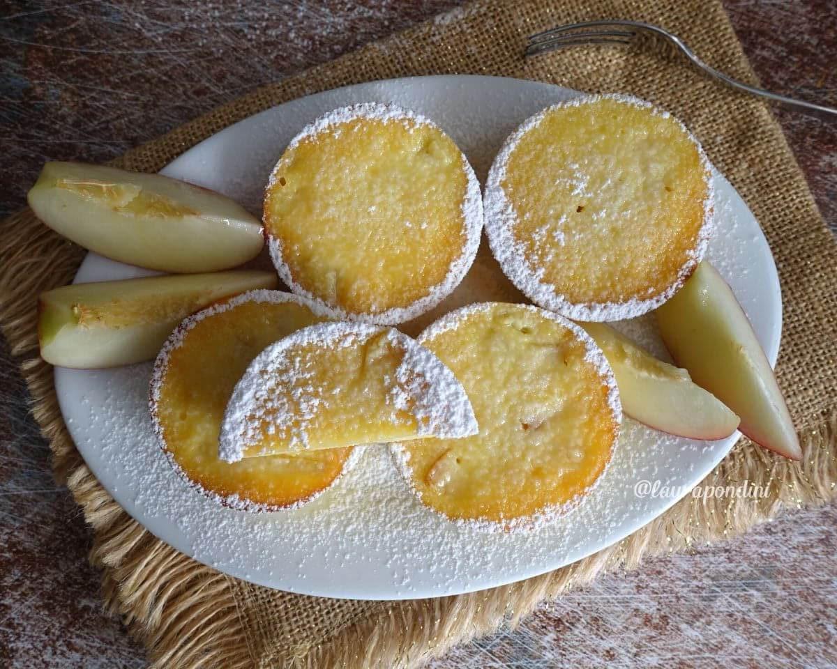Tortine cremose di Ricotta e Pesche: la Ricetta senza farina