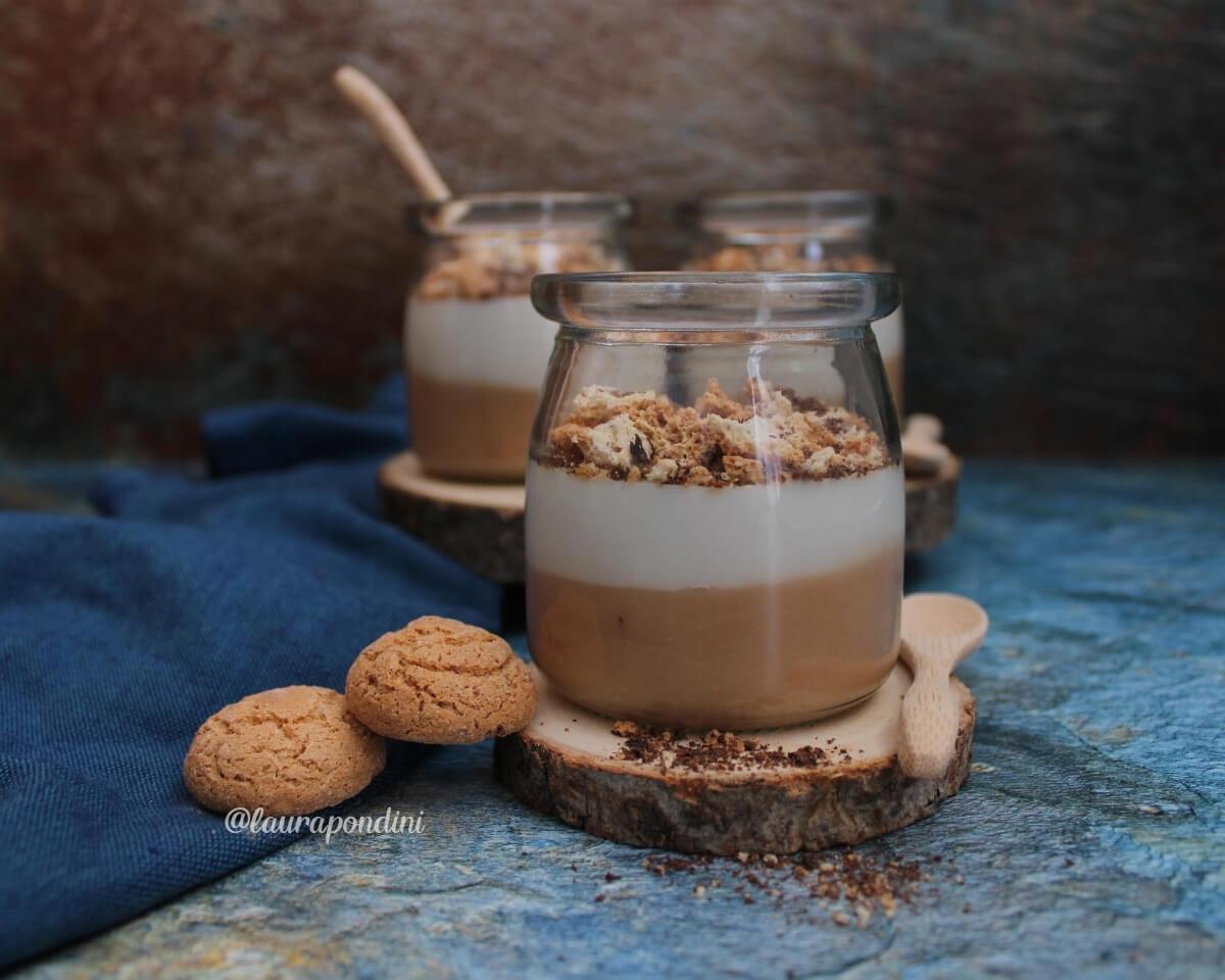 Budino vegan alle pesche e latte di mandorla: la Ricetta fit senza zucchero