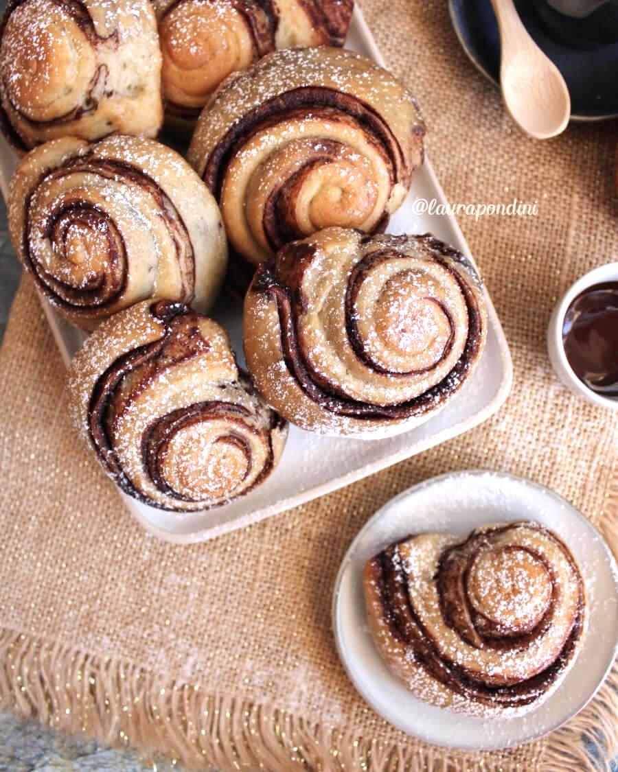 Girelle di pan brioche alla banana con crema al cacao: la Ricetta fit senza burro