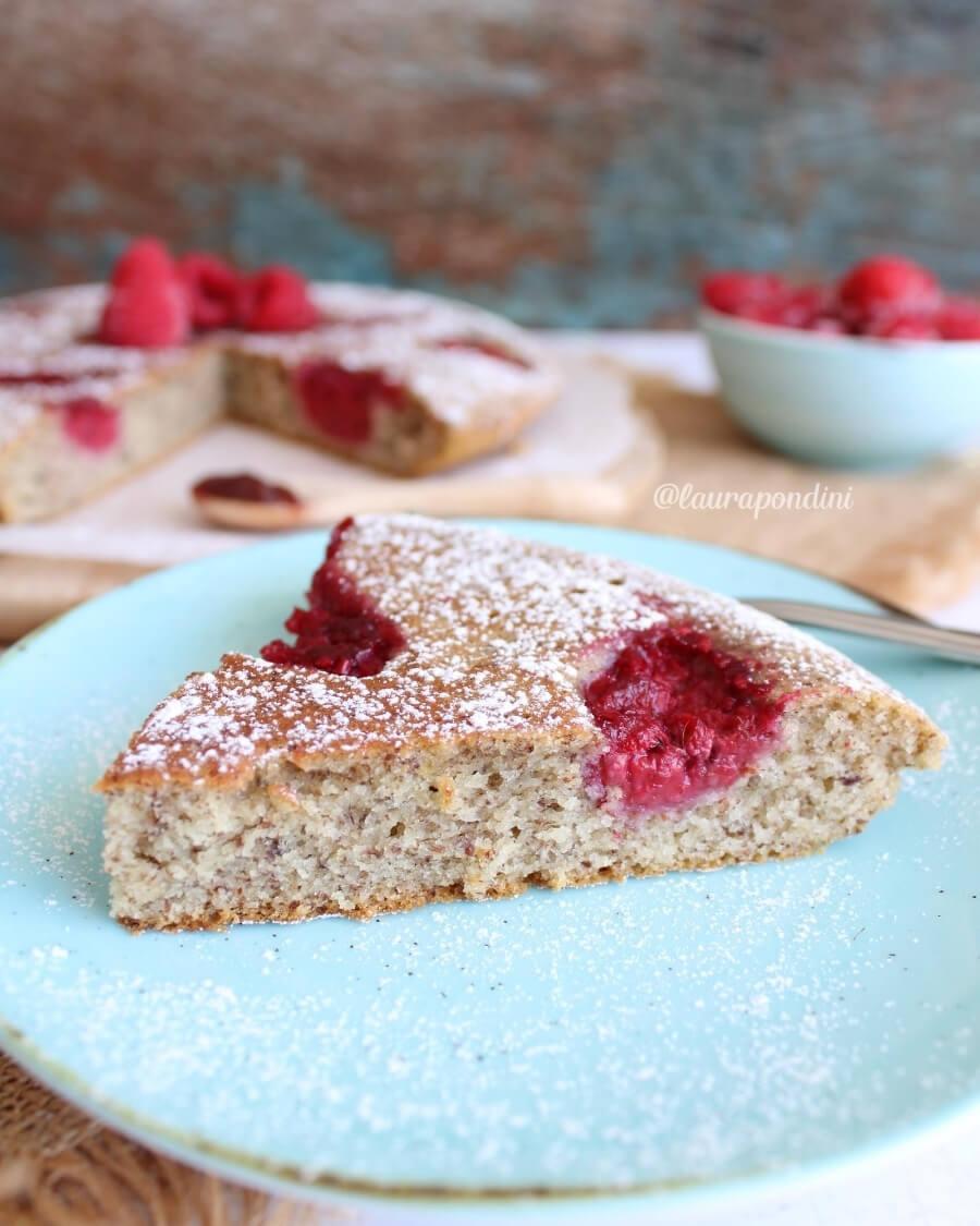 Torta cotta in padella: la Ricetta leggera senza zucchero