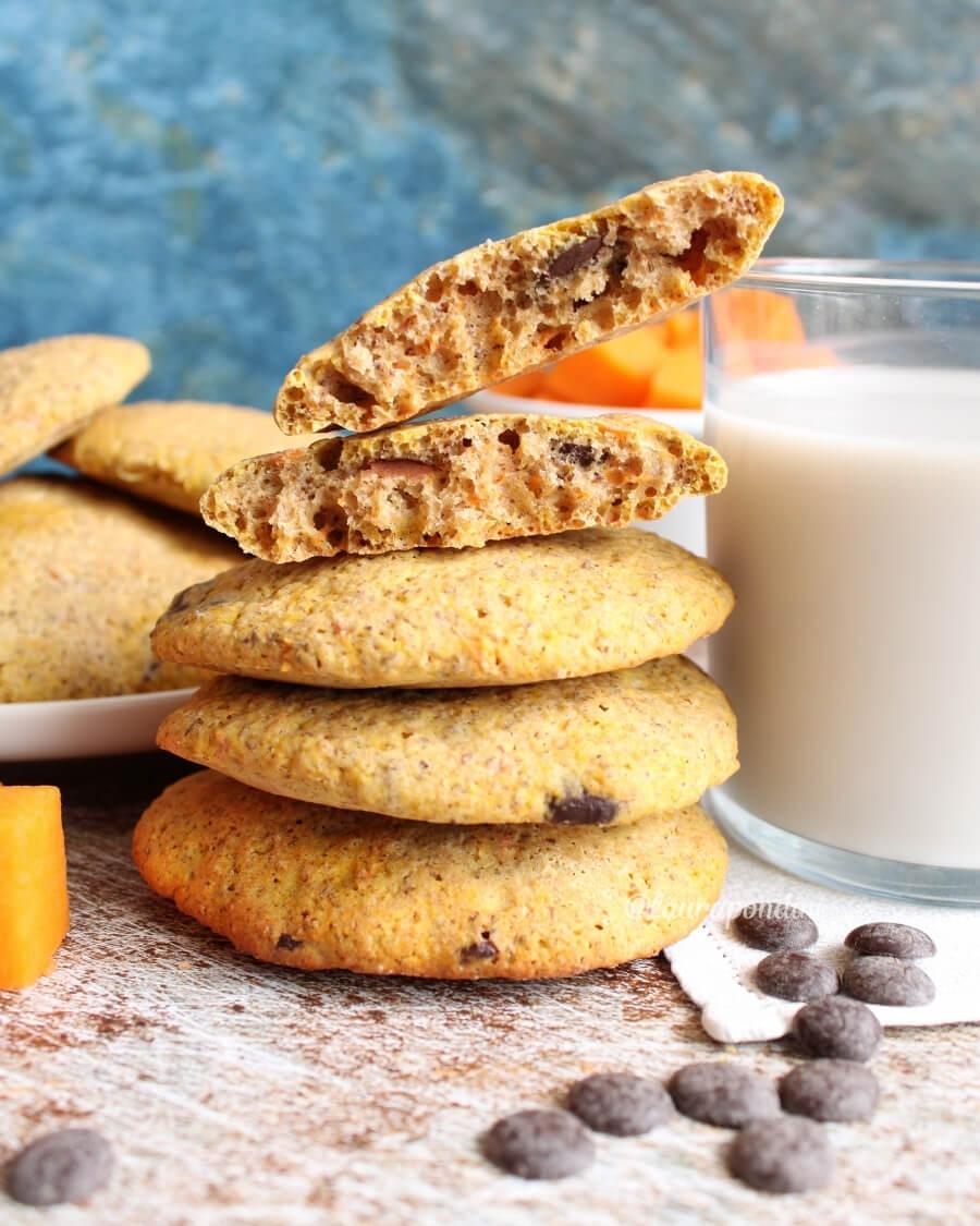 Biscotti morbidi alla zucca: la Ricetta light senza uova e zucchero