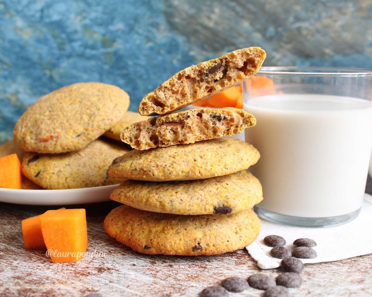 Biscotti morbidi alla zucca: la Ricetta fit senza burro, uova e zucchero
