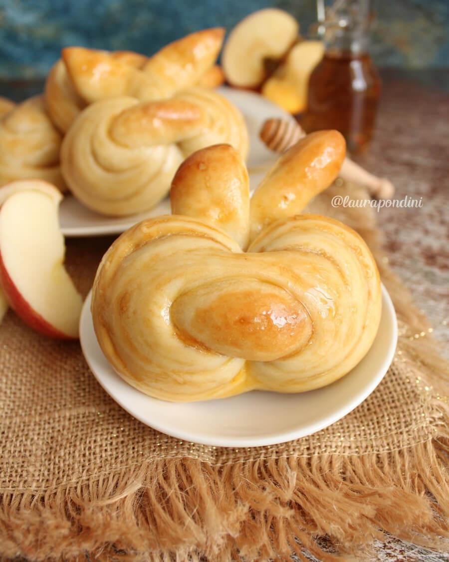 Apple Challah: la Ricetta senza burro e senza latticini