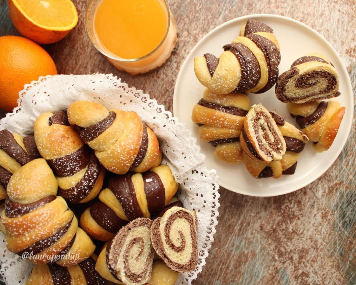Brioche bicolore arancia e cacao: la Ricetta fit sofficissima