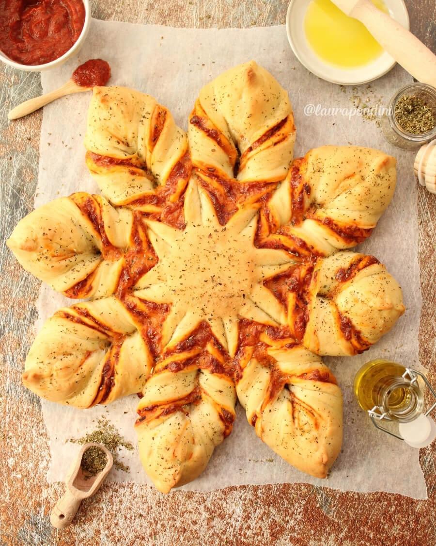 Pizza Star Bread: la Ricetta veloce