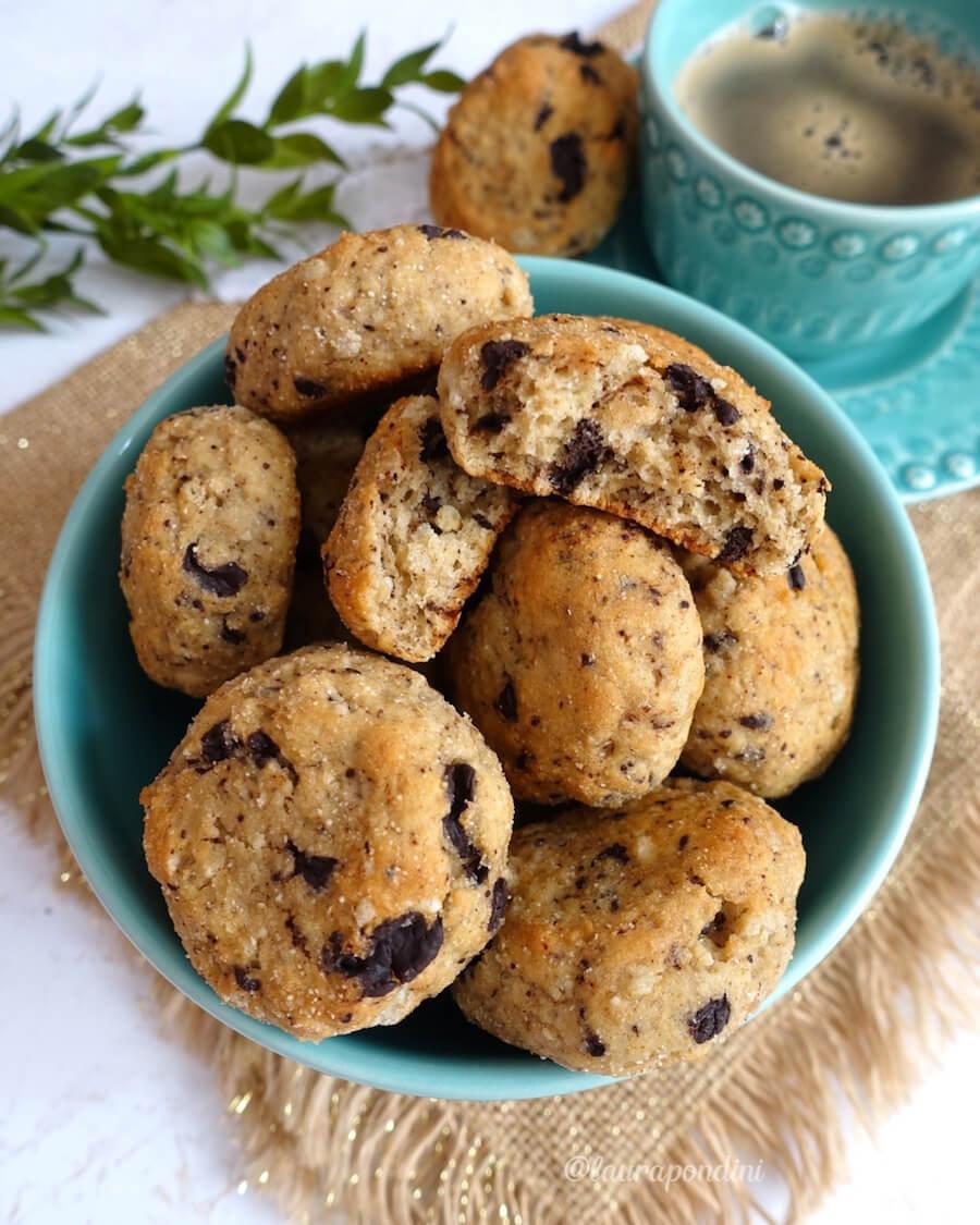 Biscotti morbidi con yogurt e cioccolato: la Ricetta senza burro