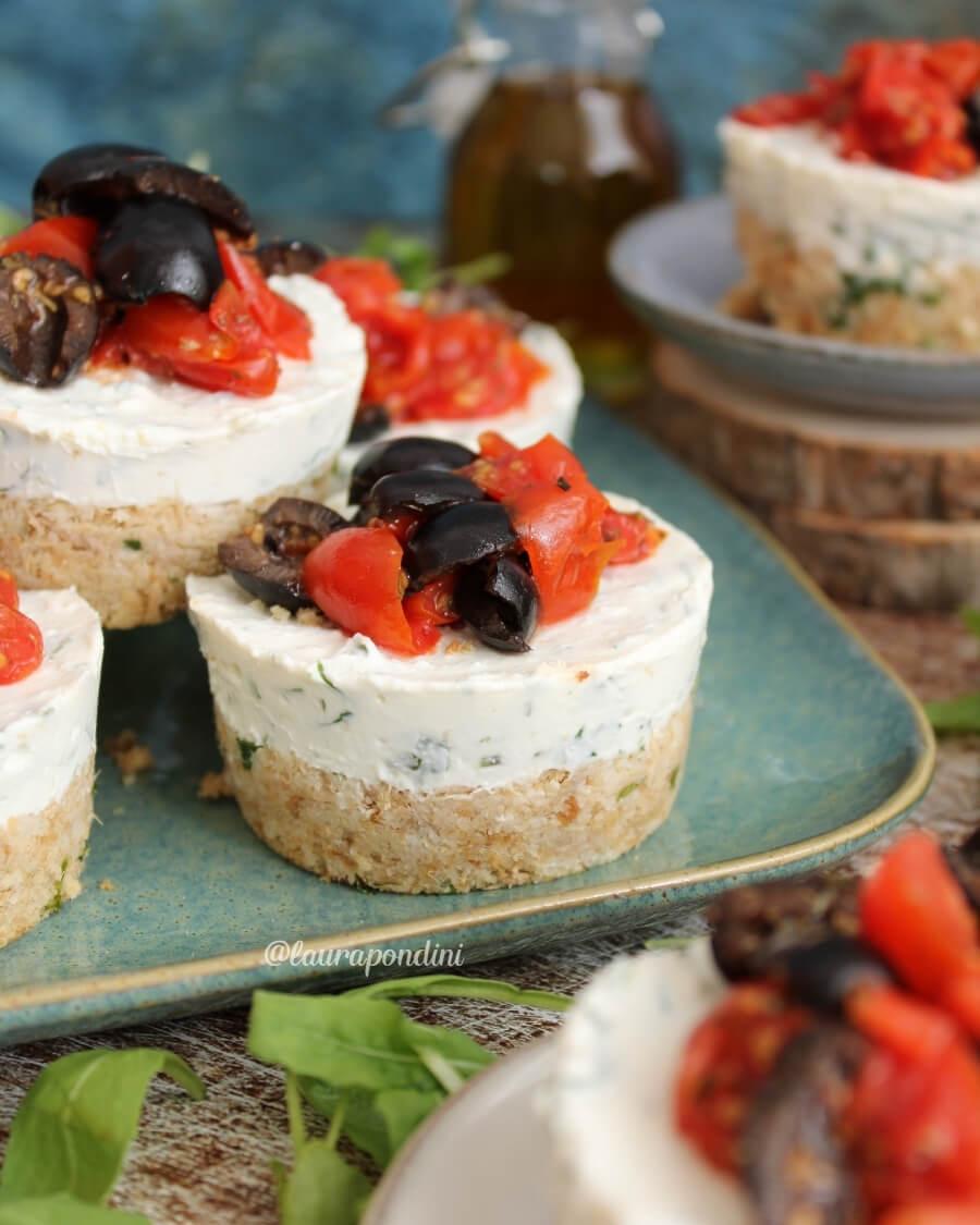 Cheesecake salata tonno e rucola: la Ricetta senza burro