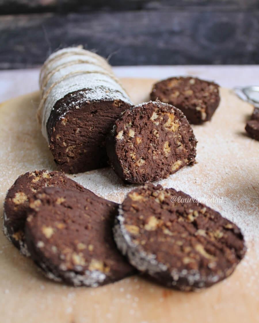 Salame di cioccolato senza burro e senza uova ricetta