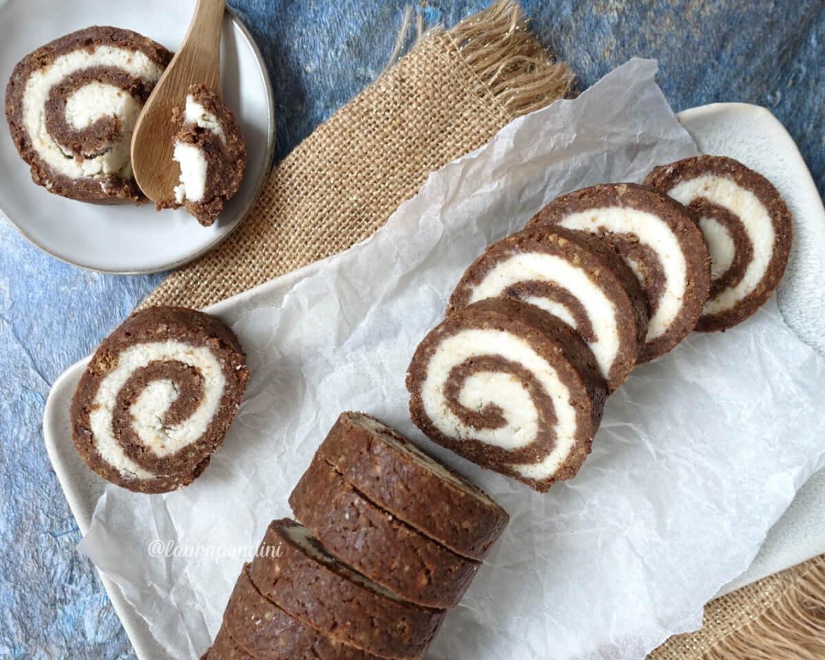 Rotolo senza cottura al cioccolato e cocco: la Ricetta facile e veloce