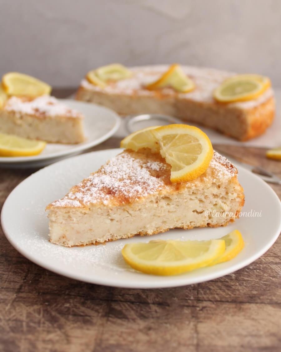 Torta 12 cucchiai limone ricetta light