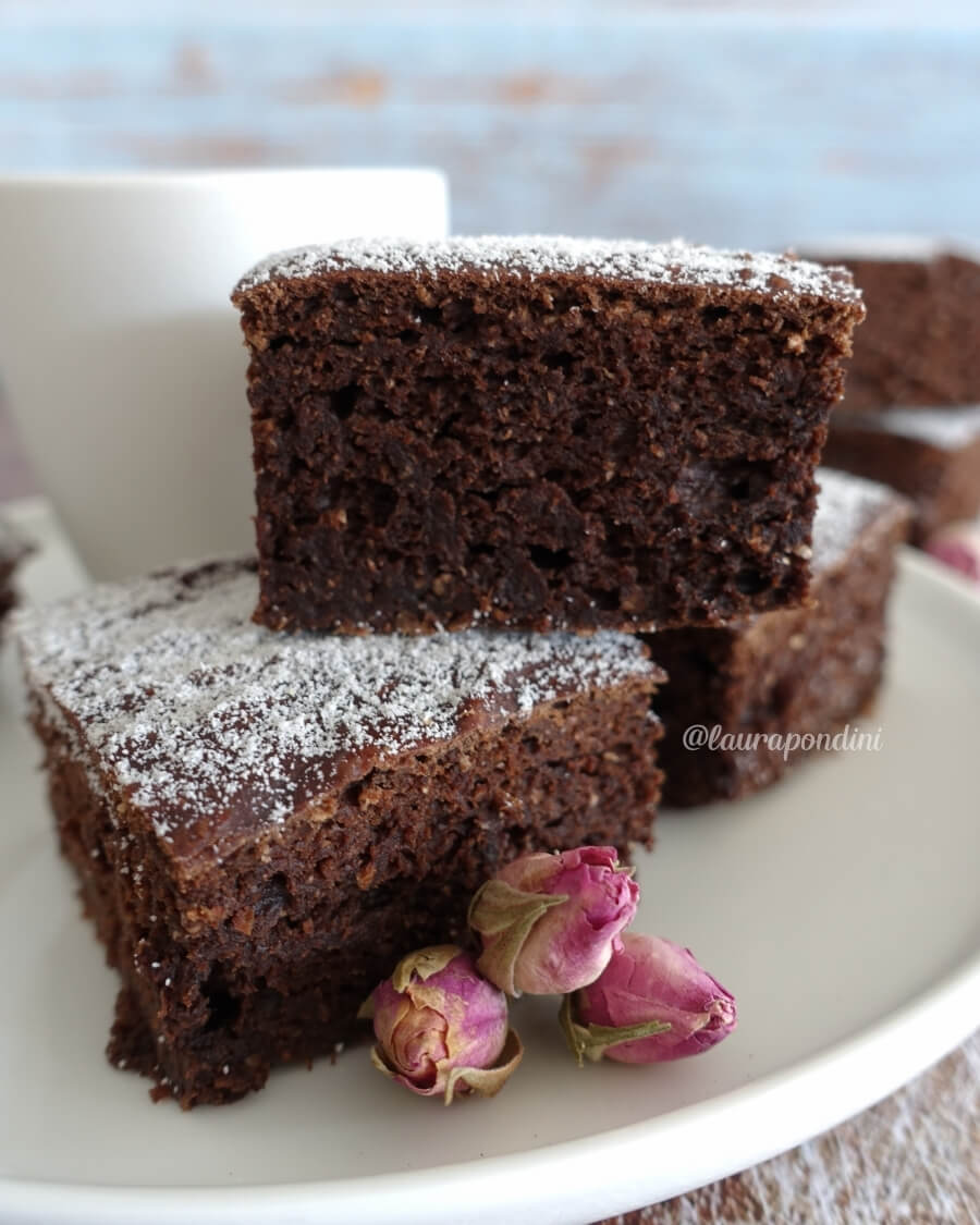Brownie avocado cacao ricetta fit