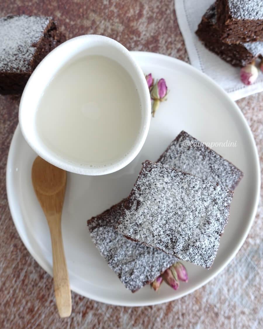 Brownie avocado cacao ricetta