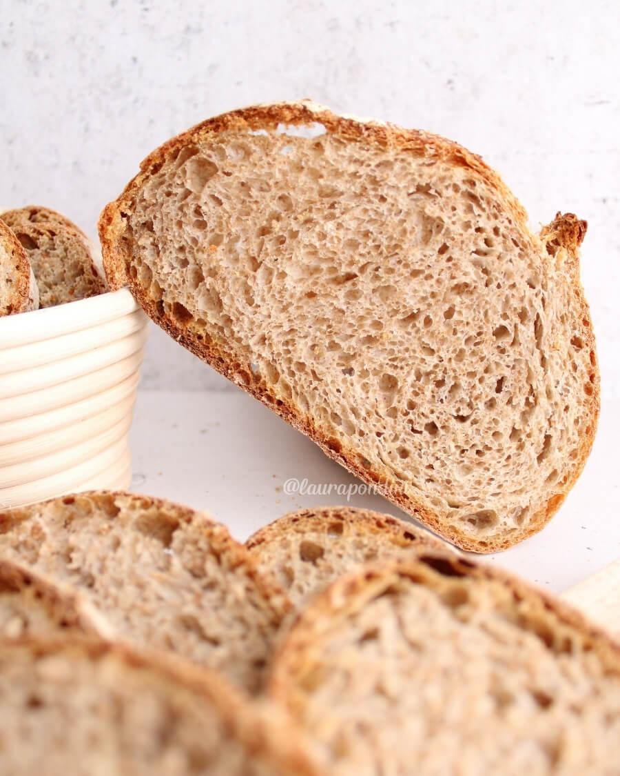 Pane integrale lievito madre