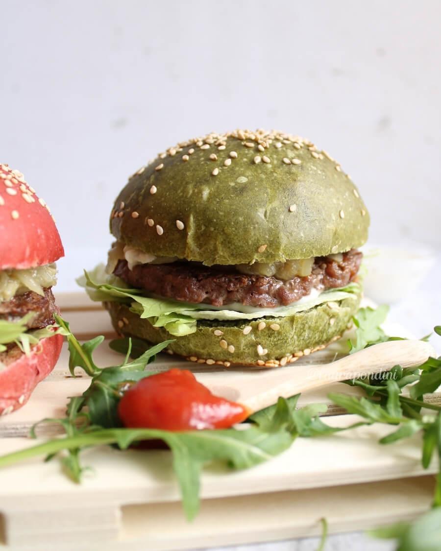 Burger buns colorati farciti ricetta