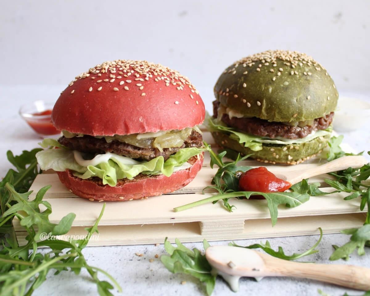Burger Buns: la Ricetta dei panini per hamburger colorati