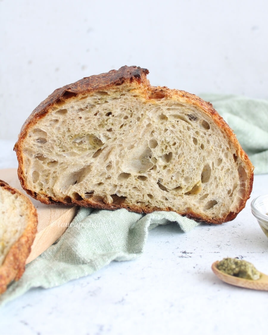 Pane pesto mozzarella lievito madre