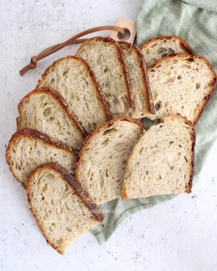 Pane pesto mozzarella ricetta licoli